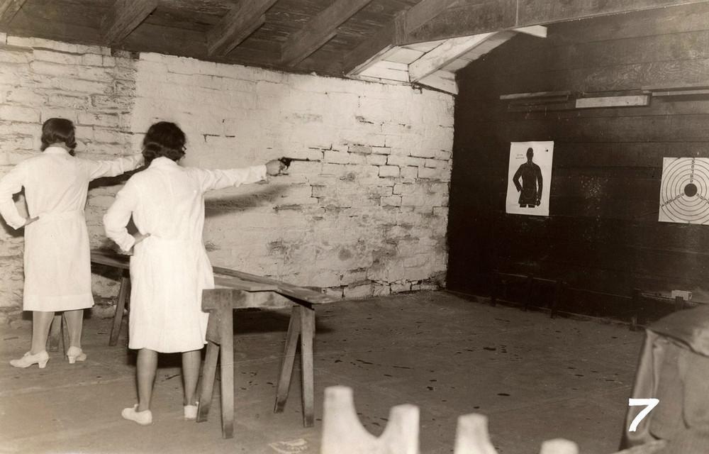 Bizarre photos of shooting women in a prison