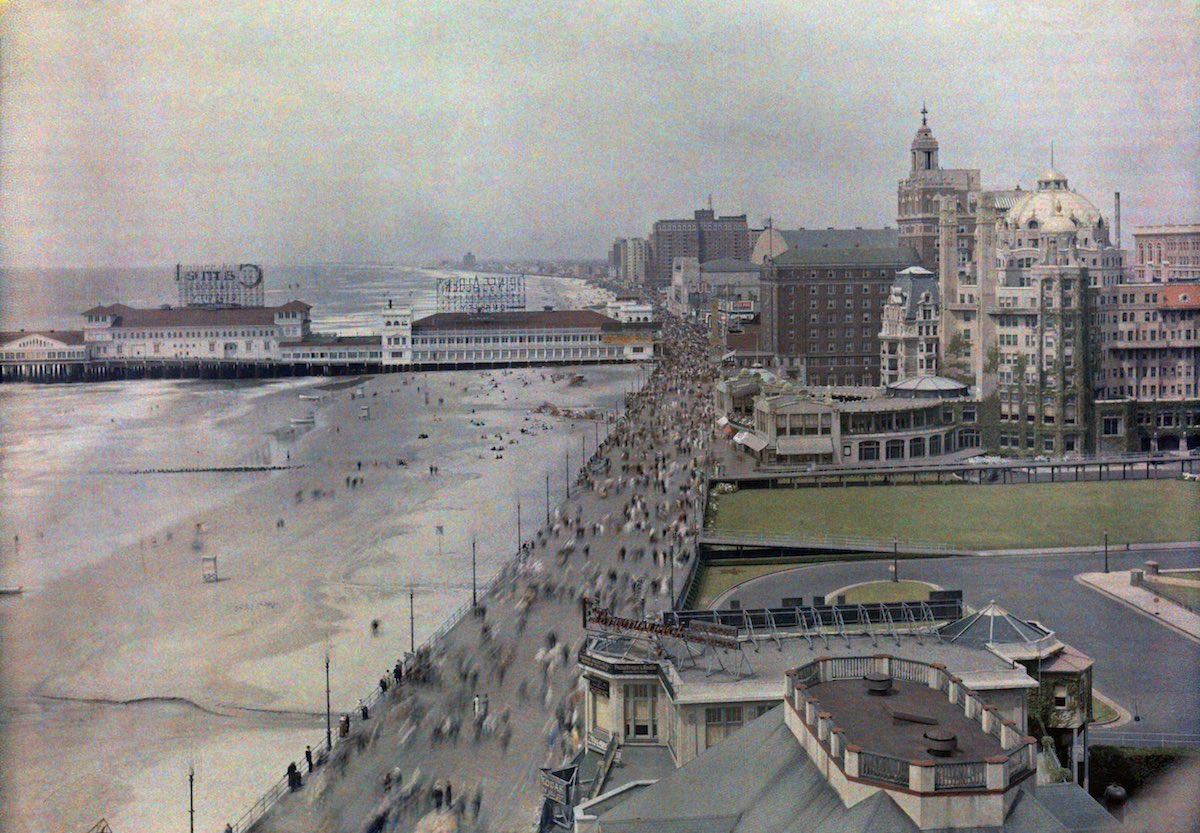 Atlantic City, New Jersey, 1920s. Panoramic views of beaches, marinas and hotels along the waterfront.