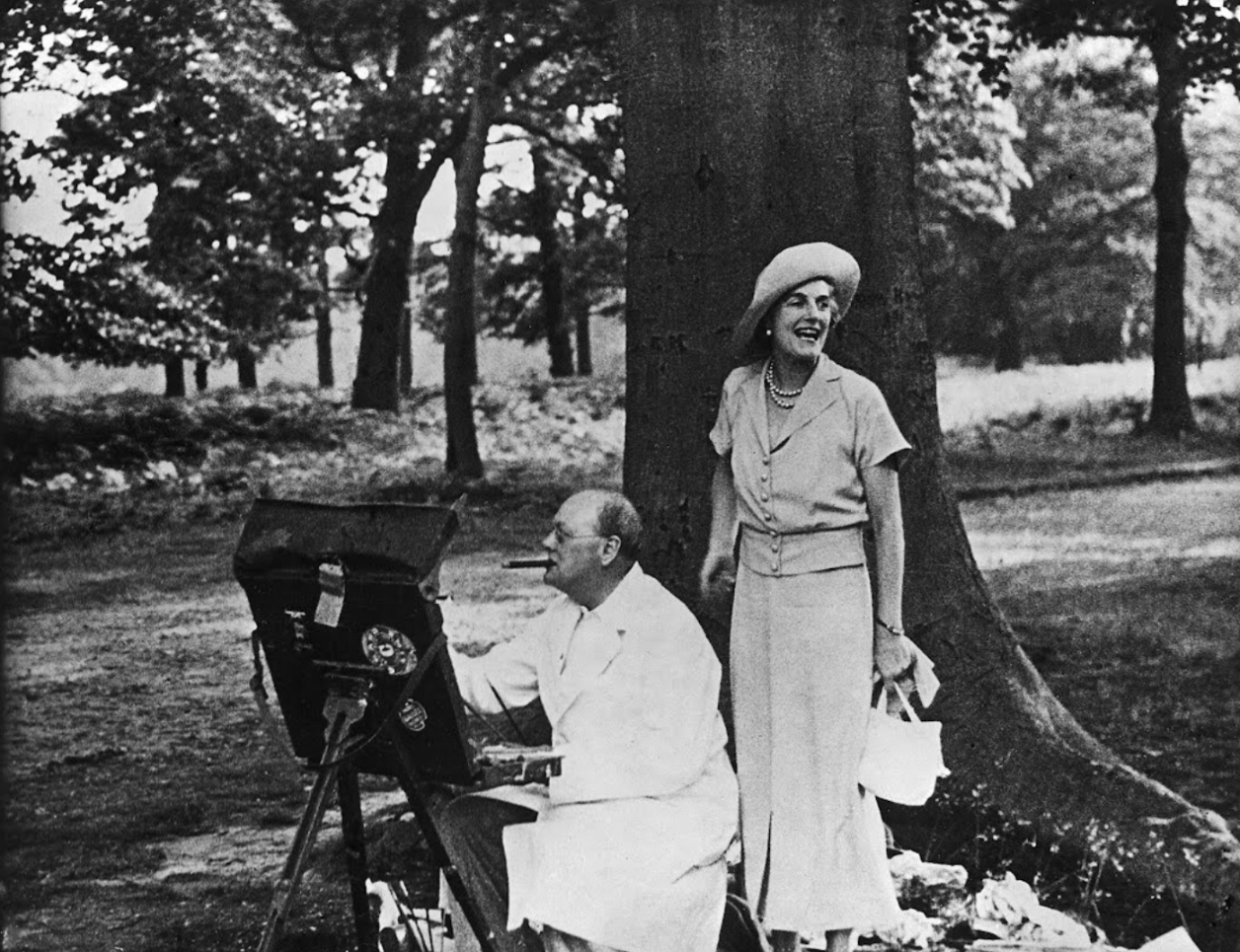 Churchill's wife supported husband's painting hobby.